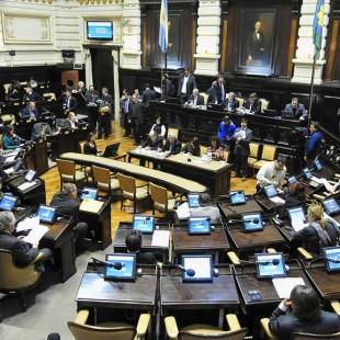 Legisladores del FpV pedirán que se anule la Ley de Emergencia Administrativa