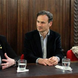 Con la visita de Teresa Parodi, se promulgó la ordenanza de los Espacios Culturales platenses