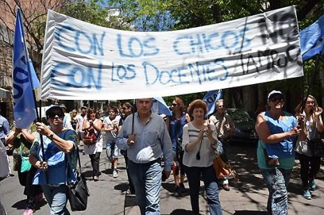 Absolvieron a Lucas Puig con fuerte apoyo de los gremios docentes