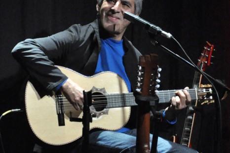 Peteco Carabajal expresó su apoyo a Daniel Scioli