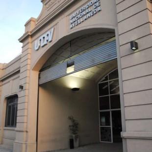 «La Universidad puede funcionar con recursos propios hasta fines noviembre»