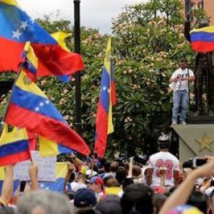 Venezuela: «Todo esto que vemos es una ficción, se tergiversa la realidad»