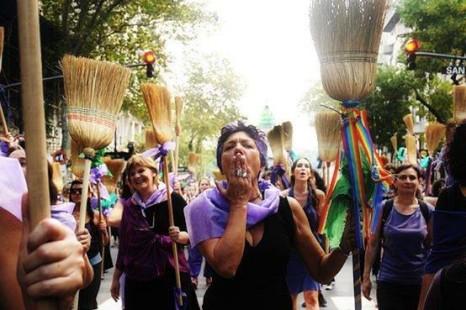 Programa especial en el Día Mundial de Brujas