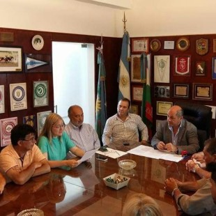 """Seccó definió un bono de 7.500 pesos: """"Acá estamos, no nos hacemos los tontos ni los distraídos"""""""