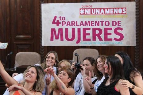El Parlamento se llenó de mujeres y propuestas