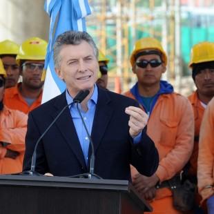 """""""La industria de la construcción va a seguir parada hasta que haya una decisión política de reactivar la obra pública"""""""