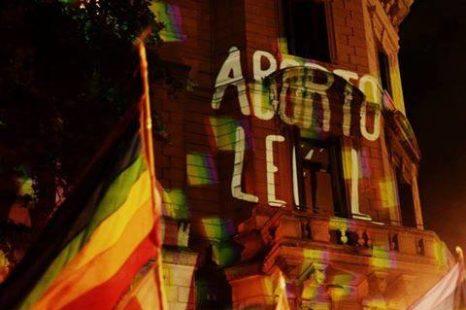 «Es luz sobre las paredes, no nos pueden hacer ni decir nada»