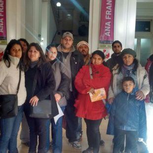 Docentes, padres y alumnos en defensa de la escuela pública