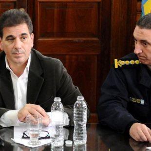"""""""Hay que ponerse a poner límites de legalidad a un Ministerio de Seguridad que no los tiene"""""""