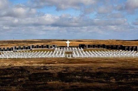 CECIM La Plata denunció que habría tumbas con nombres apócrifos en Malvinas
