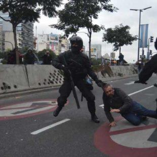"""""""En el país hay un agravamiento en las condiciones para el ejercicio de la protesta social"""""""