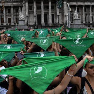 """""""Se llega a casi 500 mil abortos clandestinos"""""""