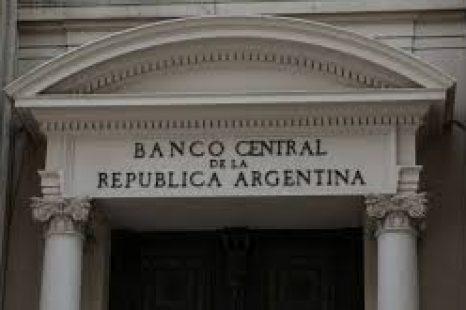 """Hoy la economía te la maneja el sistema financiero internacional"""