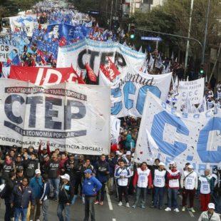 Movimientos sociales marcharon por Paz, Pan, Tierra, Techo y Trabajo
