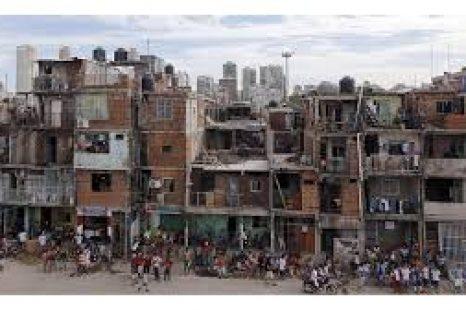 Coronavirus: «Las condiciones en los barrios populares producen enfermedades de riesgo»