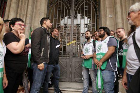 Jorge Harvez: «El Estado dirige su política a sectores ultra minoritarios»