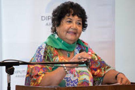 """Dora Barrancos: """"Es la primera vez que esta lucha tiene masividad en las calles"""""""