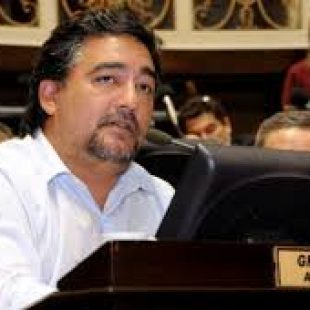 Adrián Grana: «Gobernabilidad no es expoliar a los más pobres para que se hagan ricos los más ricos»