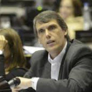 """Kosiner: """"Prefiero un proyecto que no nos deja conformes a tener que golpear la puerta al Ministro de Economía para pedirle Plata"""""""