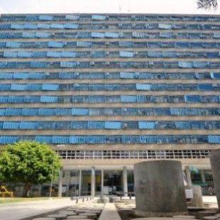 Natalia Giugovaz: «El recorte siempre cae sobre los trabajadores»