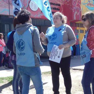 Denuncian a un docente de acoso y abuso sexual