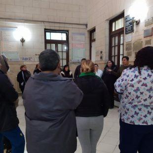 Trabajadores y trabajadoras del Hospital de Niños en asamblea permanente