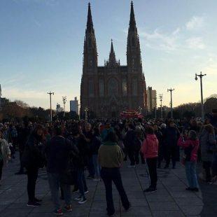 """Movilización """"GARRO YA FUE"""" en Plaza Moreno"""