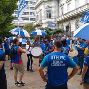 Despidos en el Club Universitario: «No pueden ser los trabajadores los que paguen el costo»