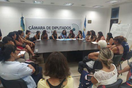 Ministra de las Mujeres bonaerense recibió a FARCO y a sus radios asociadas en la provincia
