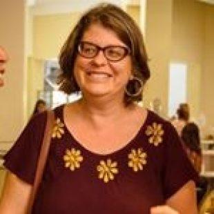 Flavia Delmas: «Aumentaron 60% las llamadas a la línea 144»