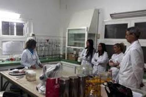 Laboratorios de la UNLP que estarán detectando el COVID 19