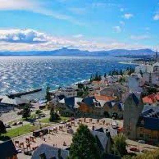 Bariloche: «Tenemos 140 mil turistas esperando que les den el pié para venir»