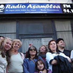 Se frenó el desalojo de Radio Asamblea
