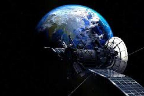 Un satélite de la UNLP podría «estar en órbita el año que viene»
