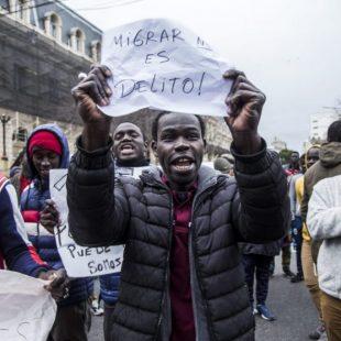 «No son más que la reproducción de discursos antimigratorios»