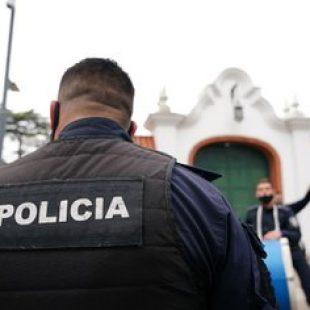 Reclamo policial: Las distintas voces que pasaron por Radio Estación Sur