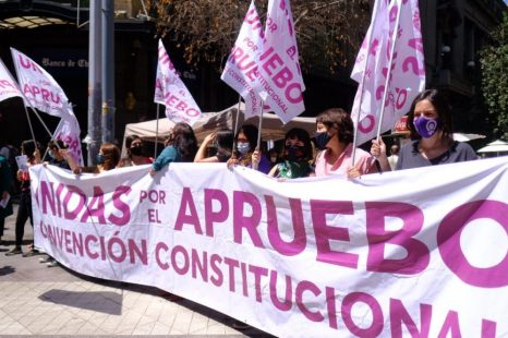 «Es un momento historico para Chile y las calles lo estan sintiendo»