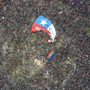 Se discute la representación en la reforma constitucional chilena para abril 2021