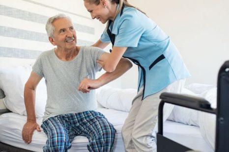 «Tenemos que perder el miedo al peso del paciente y el miedo a movilizarlo»