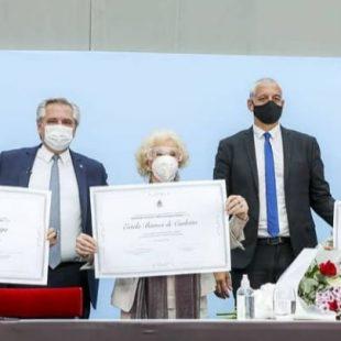 Se hizo entrega de los premios a las Madres, Abuelas y familiares de desaparecidos