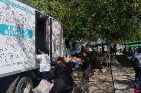 Con variedad de Alimentos y precios accesibles llega a La Plata Mercados bonaerenses