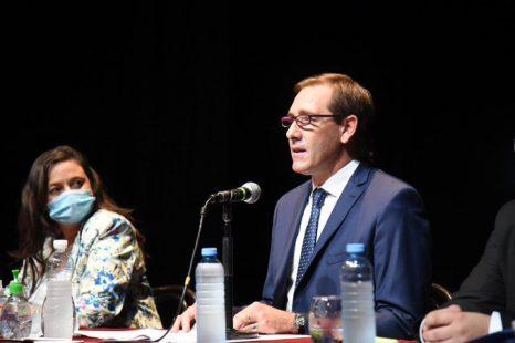 Garro confirmó la municipalización de las cooperativas
