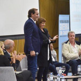 Garro acompañó a Patricia Bullrich en la presentación de su libro
