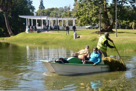 Realizaron tareas de limpieza en el lago de Parque Saavedra