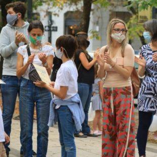 Carolina Píparo participó del ruidazo en contra de la suspensión de clases presenciales