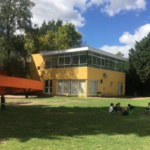 Otra escuela privada anunció que funcionará de «forma normal»