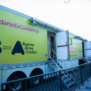 Suspendieron el consultorio movil de hisopados de Plaza Italia