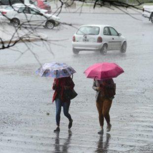 Llegó la tormenta a La Plata
