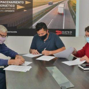 La UNLP firmó un convenio con una Pyme automotriz para desarrollar baterías de litio