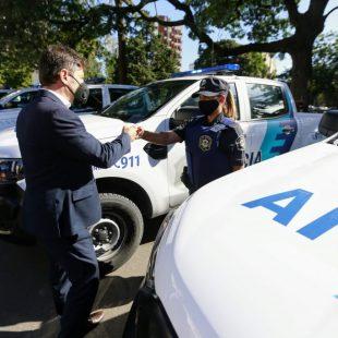 Kicillof presentó junto a Garro 60 patrulleros para la ciudad